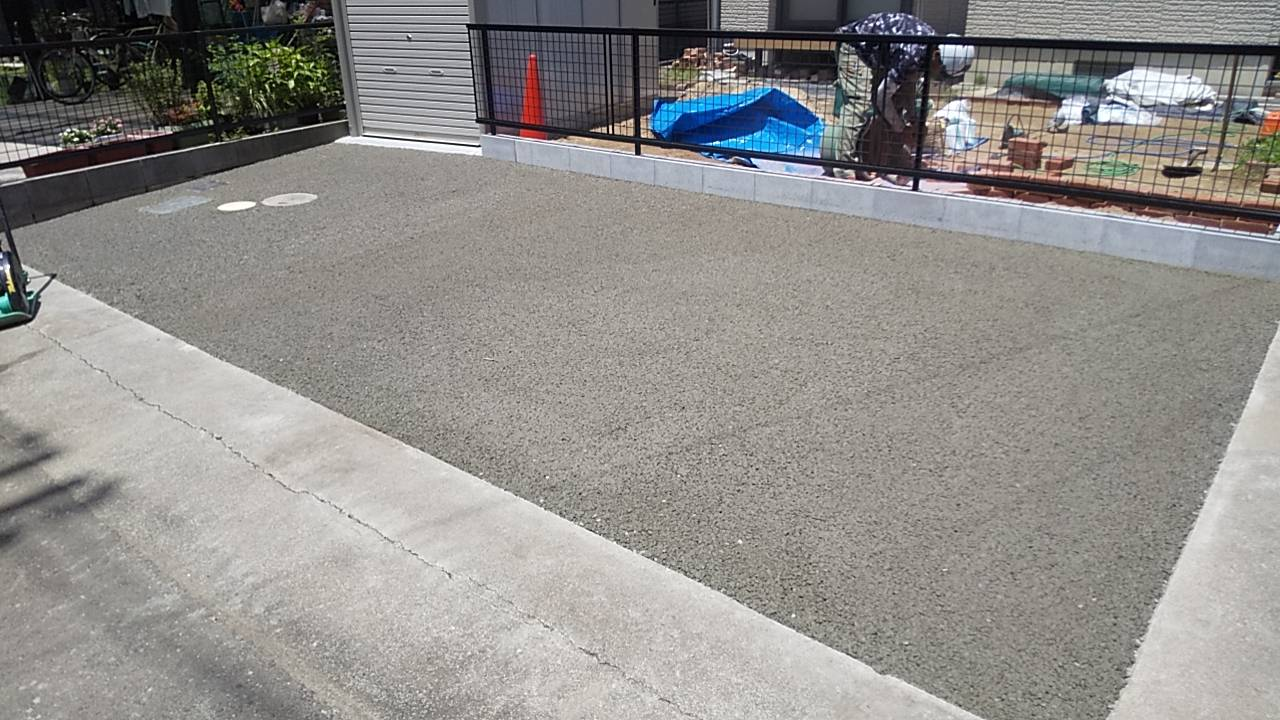 透水性コンクリートを駐車場に使った実績2