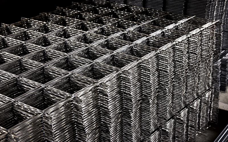 コンクリートを補強する鉄筋を網状にしたワイヤメッシュ